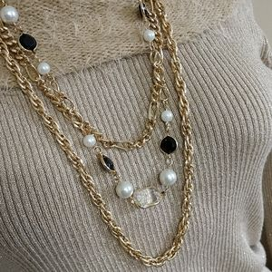 Jewelry - Vintage Statement Necklace Faux Pearl Onyx Crystal